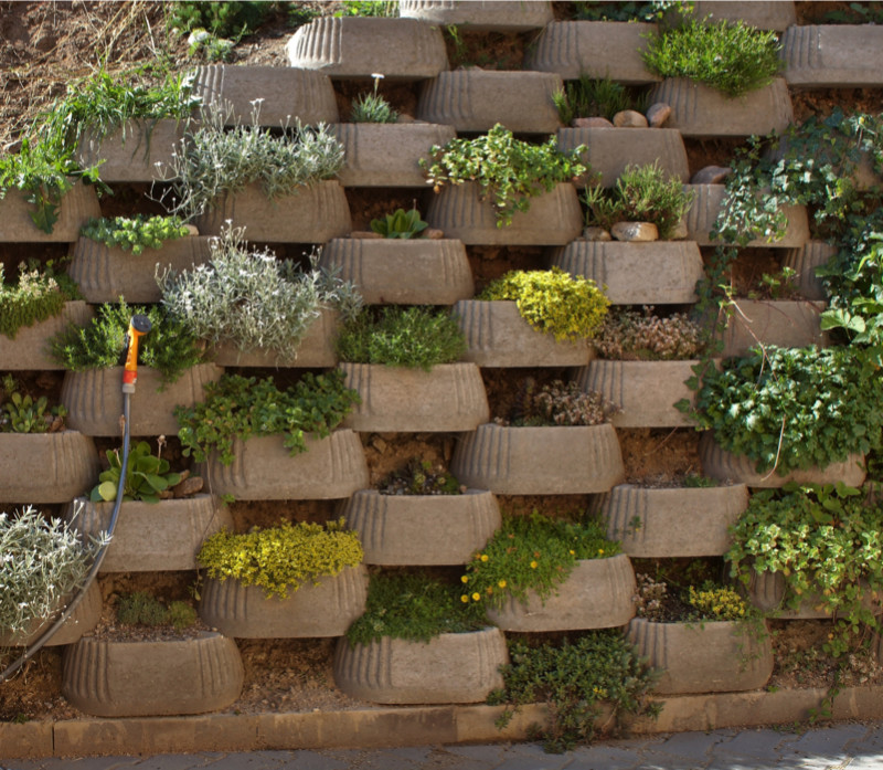Decorative Block Wall garden and backyard retaining walls