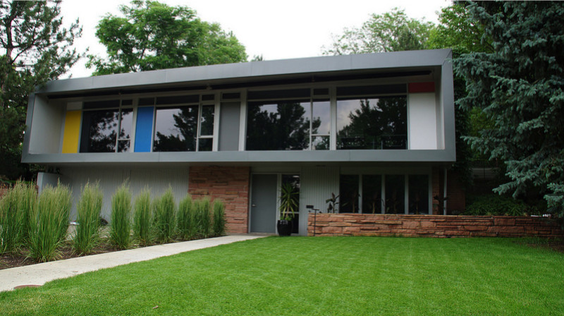 Simple Contemporary style e1428790819708 - Large Modern Architectural Contemporary Homes to Die For