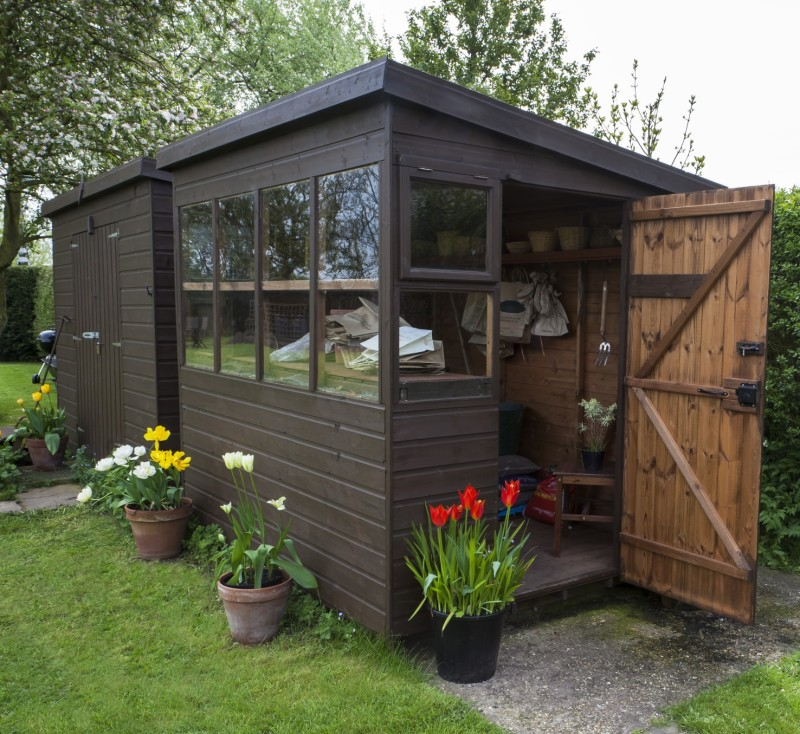19 small quaint outdoor gardening sheds for Cabanon de jardin