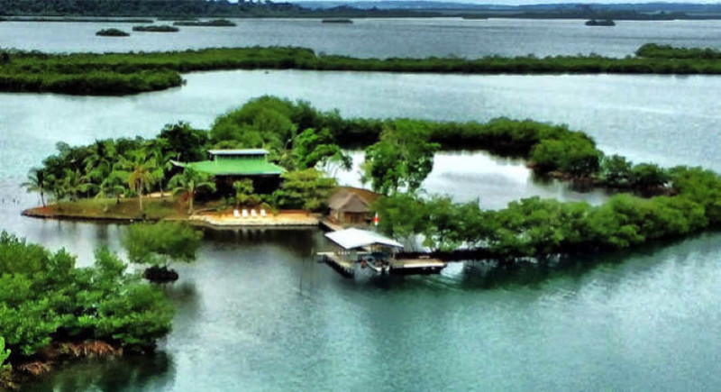 Isla Paloma e1433871239650 - Private Islands for Sale Under a Million Dollars