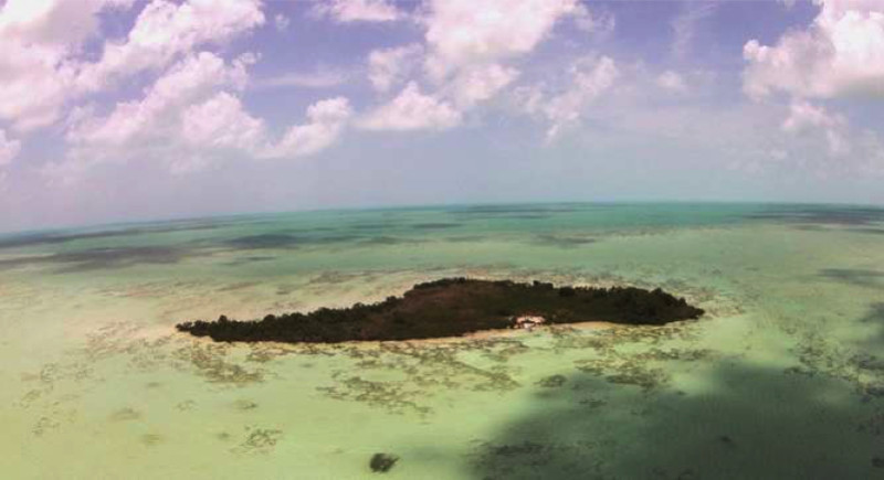 Turquoise Caye Belize e1433879350503 - Private Islands for Sale Under a Million Dollars