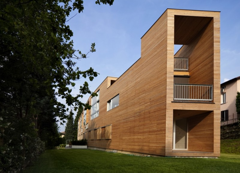 beautiful ecologic house outdoors min e1435140895335 - Beautiful Modern Homes and Modern Architectural House Design