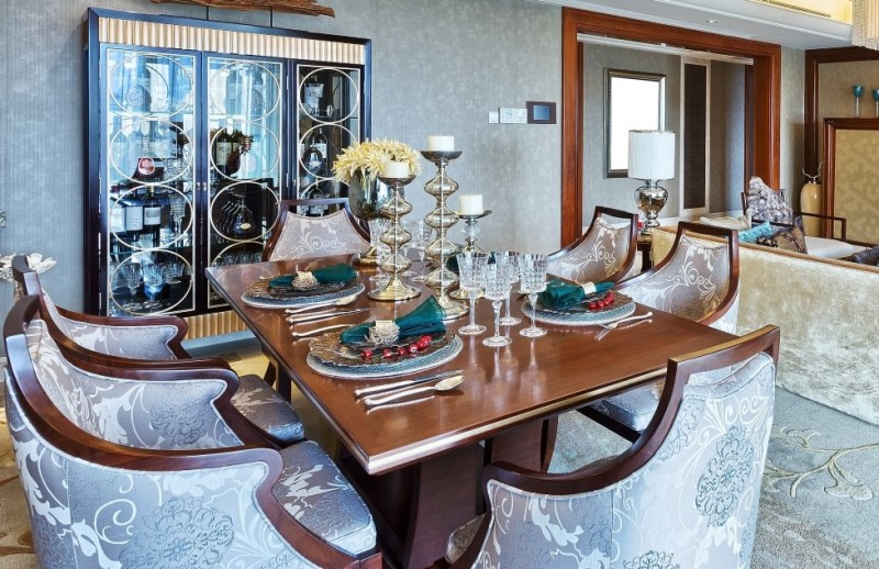 Very Elegant And Opulent Classic Styled Dining Table With Four Place Settings