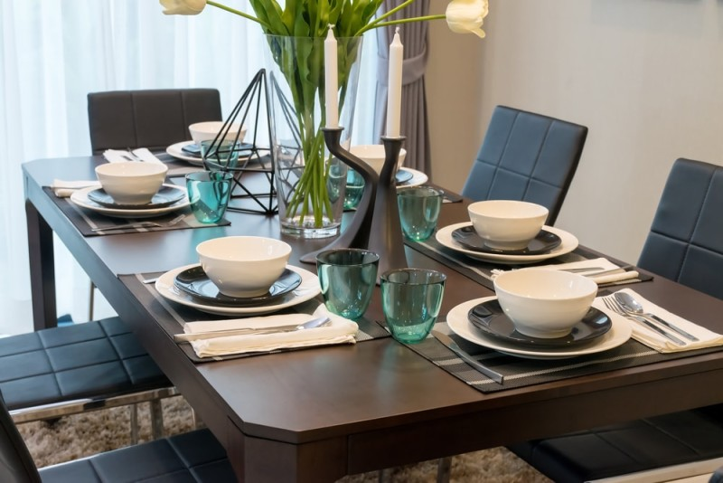 Dark Wood Dining Room Table With Six Place Settings
