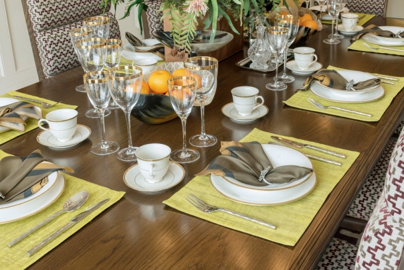 12 Tips For A Perfect Table That Will Amaze Your Guests : elegant table setting ideas - pezcame.com