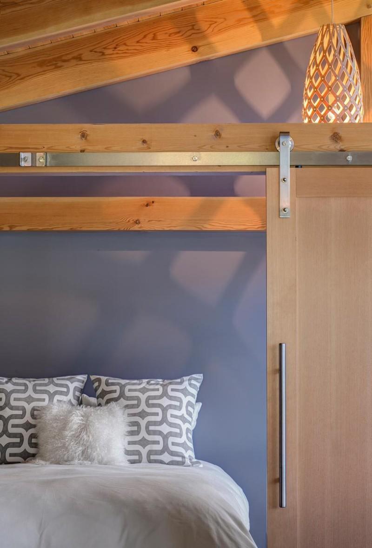 fabcab timbercab 550 bedroom2 via smallhousebliss min e1434944312954 - Unique 550 sq ft Small House Tiny House Design Concept by FabCab