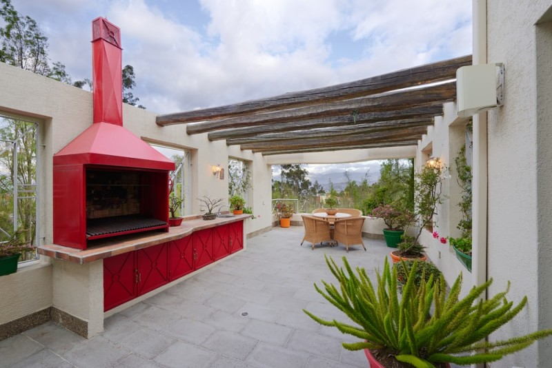 Ideas for outdoor kitchens - How to build an outdoor kitchen a practical terrace ...