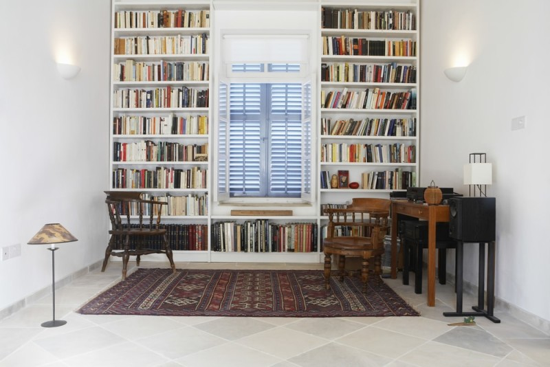 Bookcase And Bookshelf Ideas For Living Rooms In Shelves Around Window