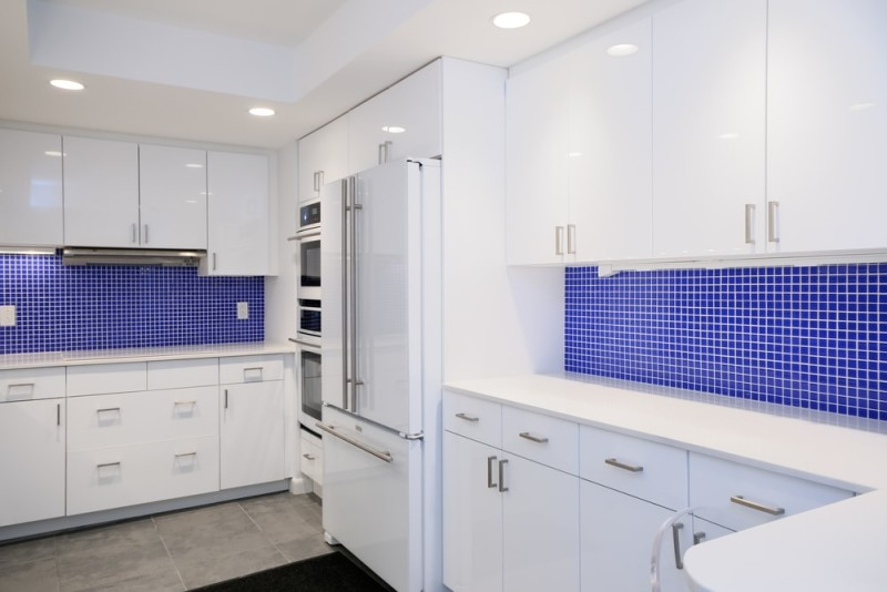 Kitchen remodel in blue and white min e1437857720534 - Blue and White Interiors