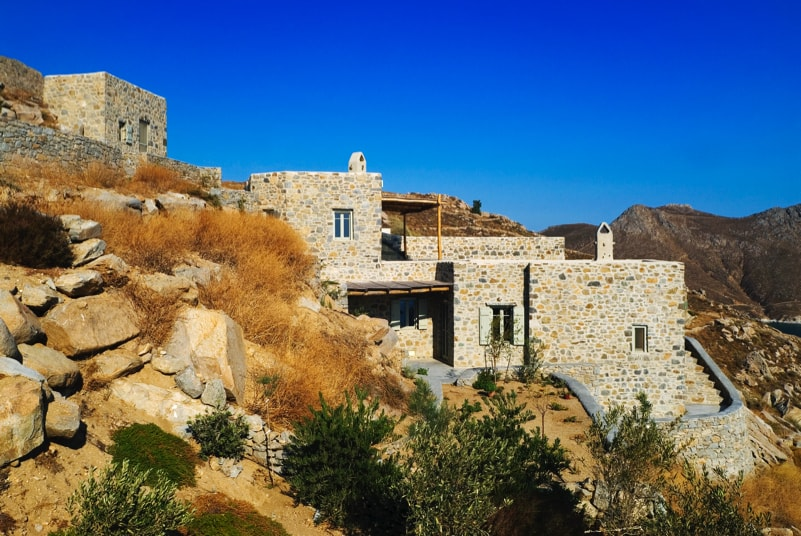 nstef1274 02D min - Eagles Nest, Chomatovouni, Serifos Island, Greece by Sinas Architects