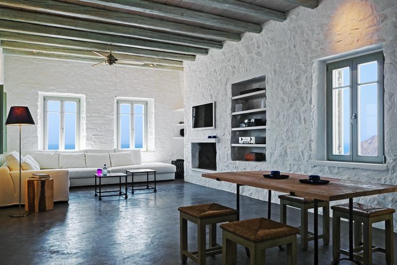 nstef1289 17D interior min - Eagles Nest, Chomatovouni, Serifos Island, Greece by Sinas Architects