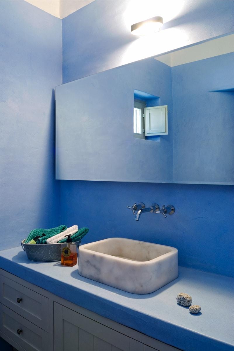 nstef1296 24D interior min - Eagles Nest, Chomatovouni, Serifos Island, Greece by Sinas Architects