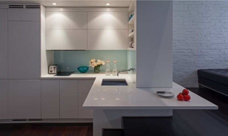 Kitchen with an abundance of cupboard space and simple cooking and washup facilities