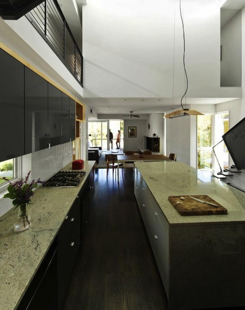 2.556 Kitchen min min e1442538395618 - 556 Edenton Street House by The Raleigh Architecture Co
