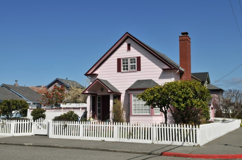 Picket Fence Homes And Picket Fence Designs