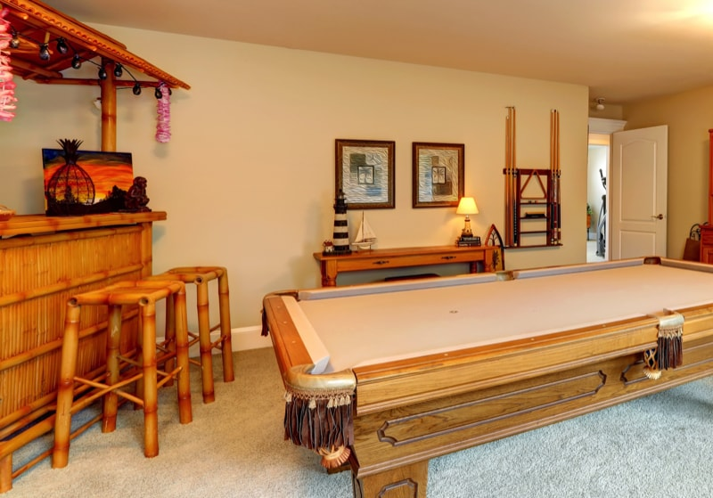 Built in bar with pool table min - Home Bar Pictures and Home Wine Storage