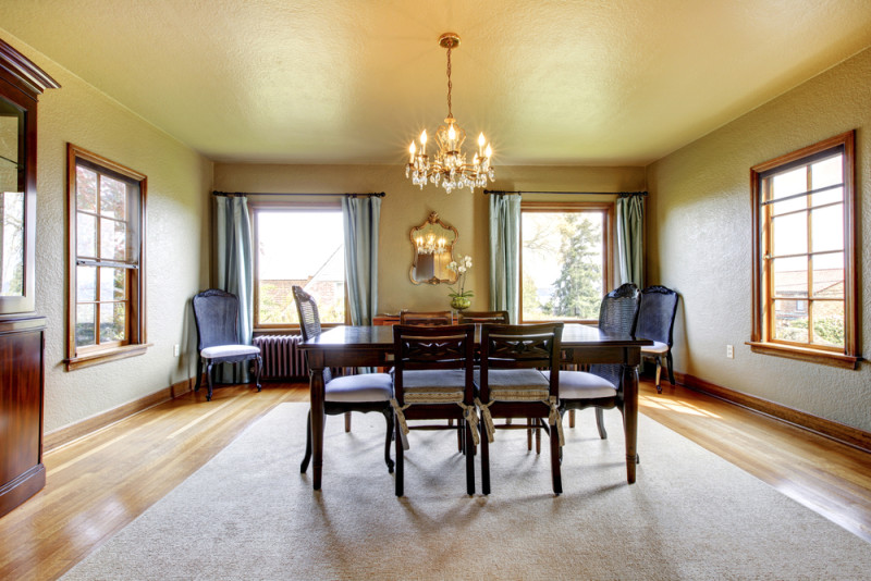 Large luxury elegant old dining room with four windows e1445849943665 - Modern Dining Room Design and Elegant Dining Room Ideas