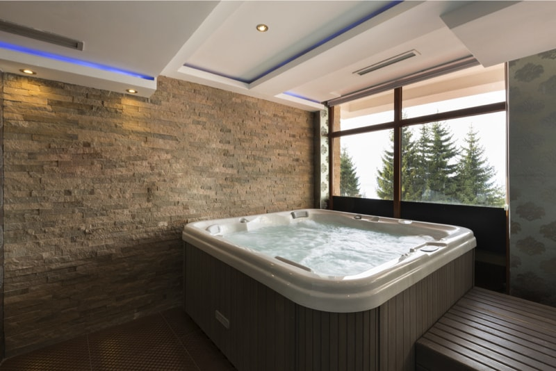 27 Home Hot Tubs and Spa Pools