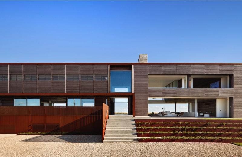 Pre 1244 01 min - Sagaponack Family House, NY by Bates Masi Architects