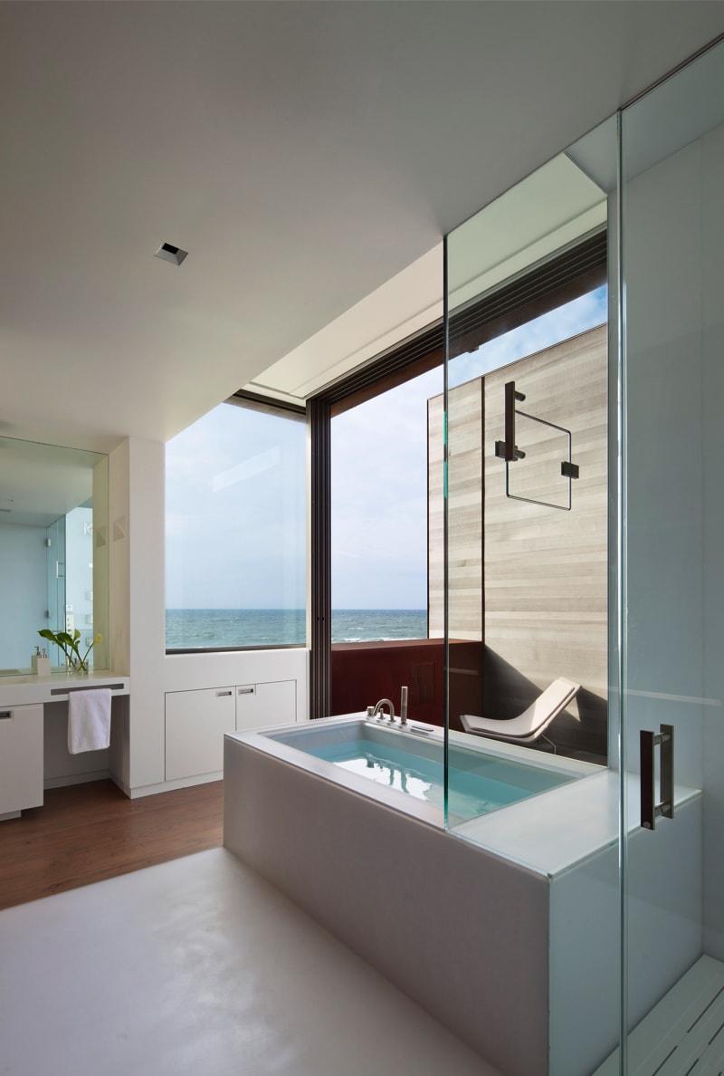 Pre 1244 32 min - Designing Your Bathroom to Look Modern & Minimalist