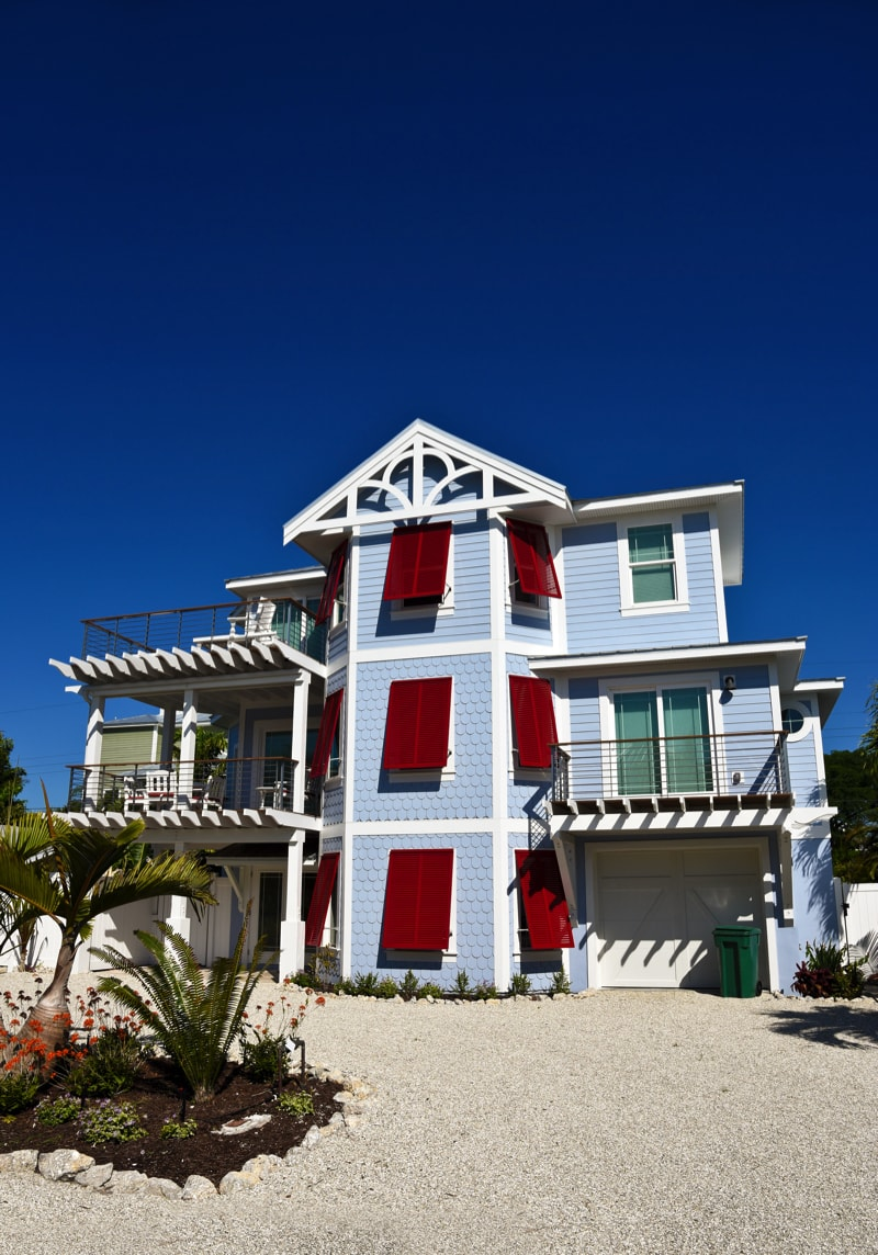 Beach House 93956903 Min   Stunning Beach Houses, Lakefront Cottages And  Changing Sheds