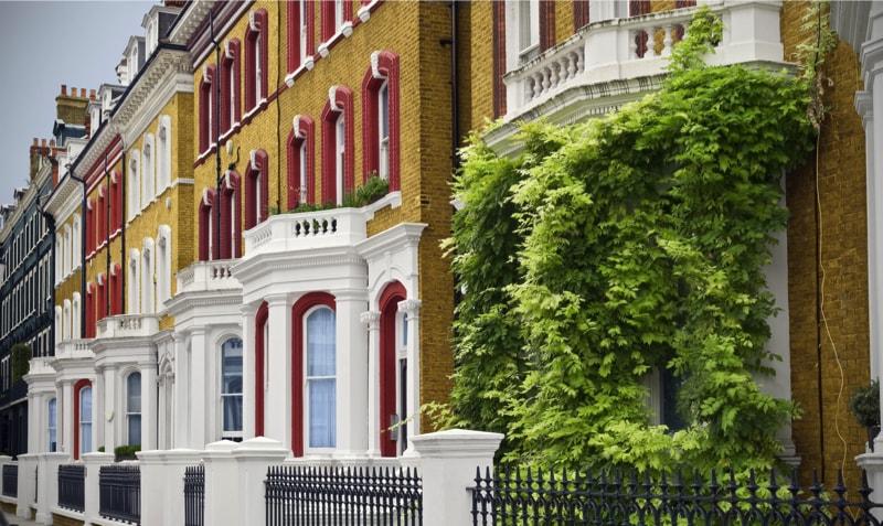 Elegant Houses at London 6028676 min - Exterior House Colors & Themes