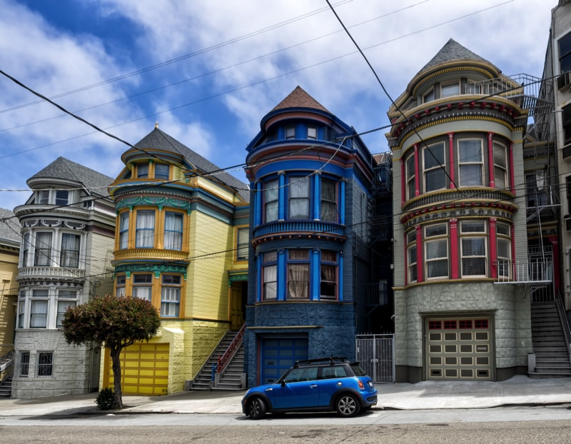 Painted Ladies Victorian House 69211612 min - Exterior House Colors & Themes