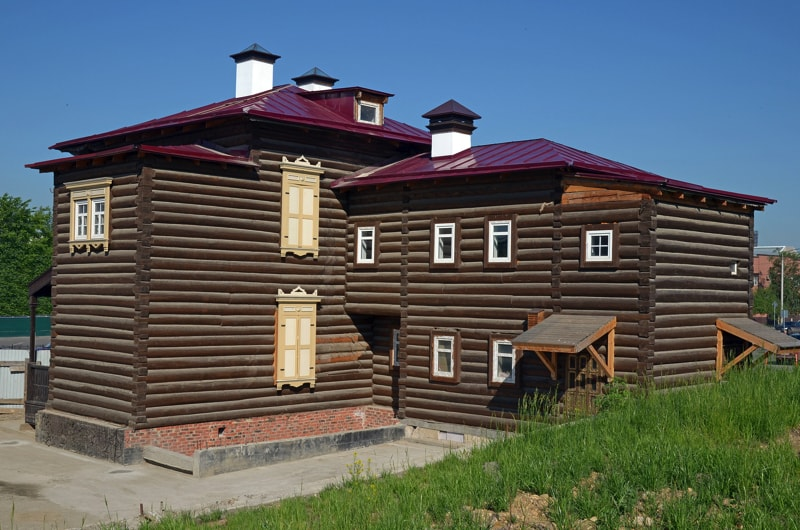 Log cabins and log homes for Two storey log cabin