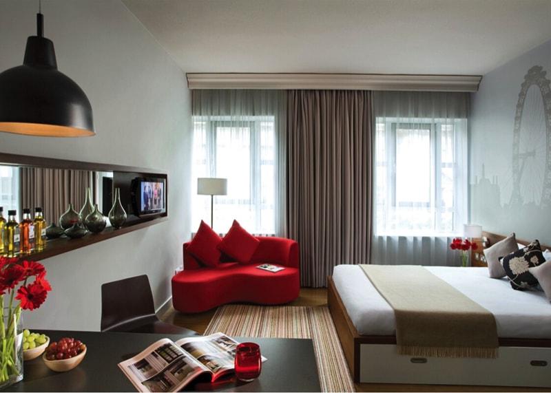 Image via apoetadaalma.blogspot.com min - 17 Ideas For Decorating Small Apartments and Tiny Spaces