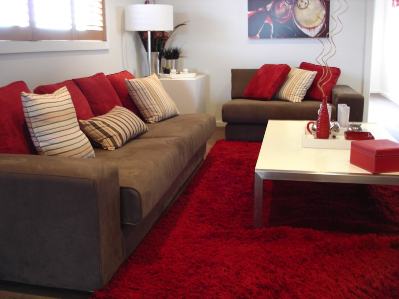 Red Living Room 1656057 Min   Living Rooms With Coffee Tables Part 70
