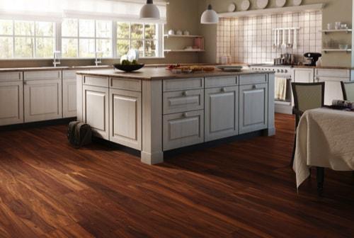 kitchen laminate flooring www.sunspeedflooring.com min - Choosing the Best Kitchen Flooring for Your New Kitchen