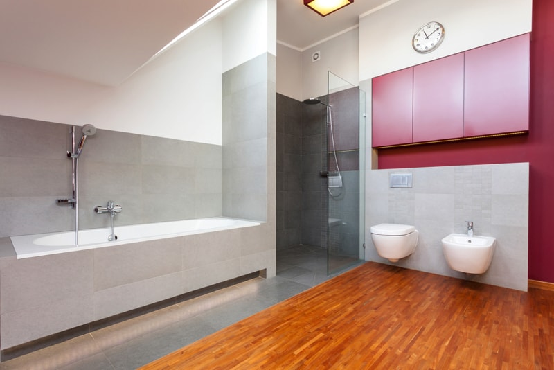 Bathroom laminate flooring for Grey wood floor bathroom