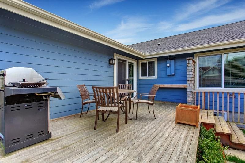 House-Backyard-With-Patio-Area