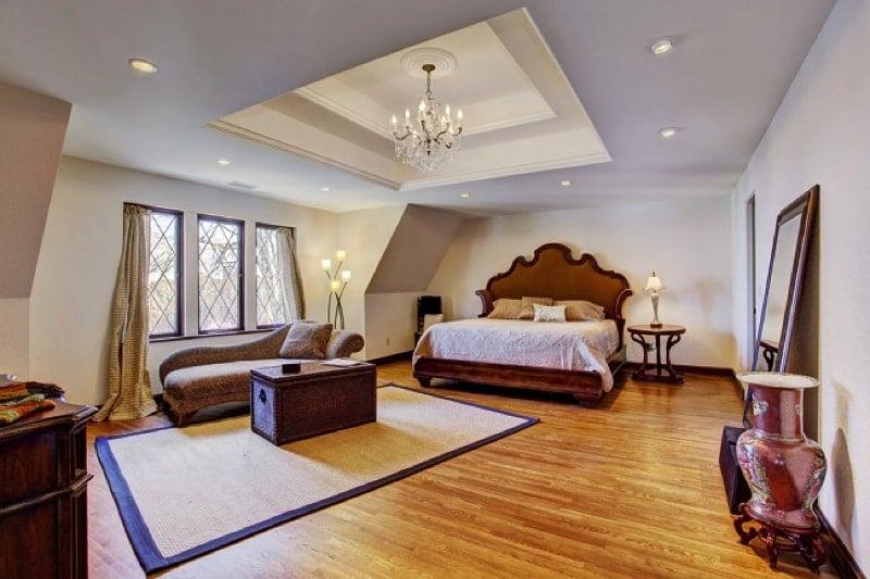 LAMINATE FLOOR in Bedroom