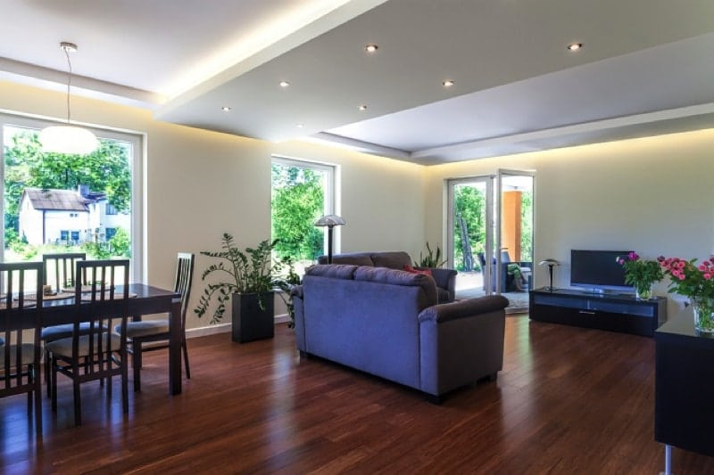 What is laminate plank flooring