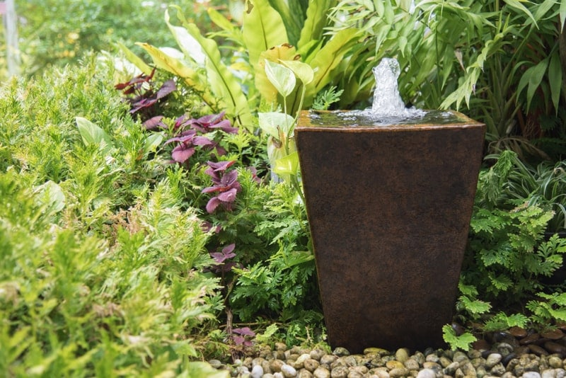 Outdoor Fountains And Water Features