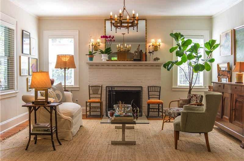 Simple Decorated Living Room