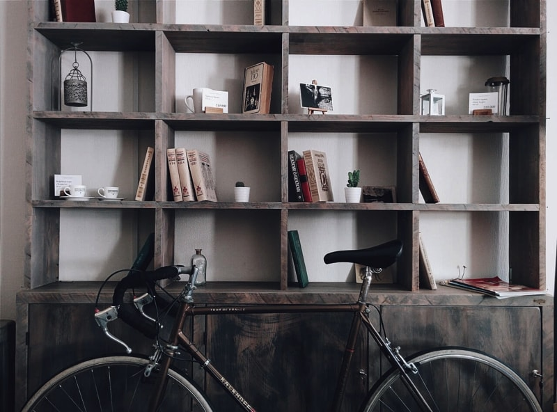 walls of shelves -home interior decorating