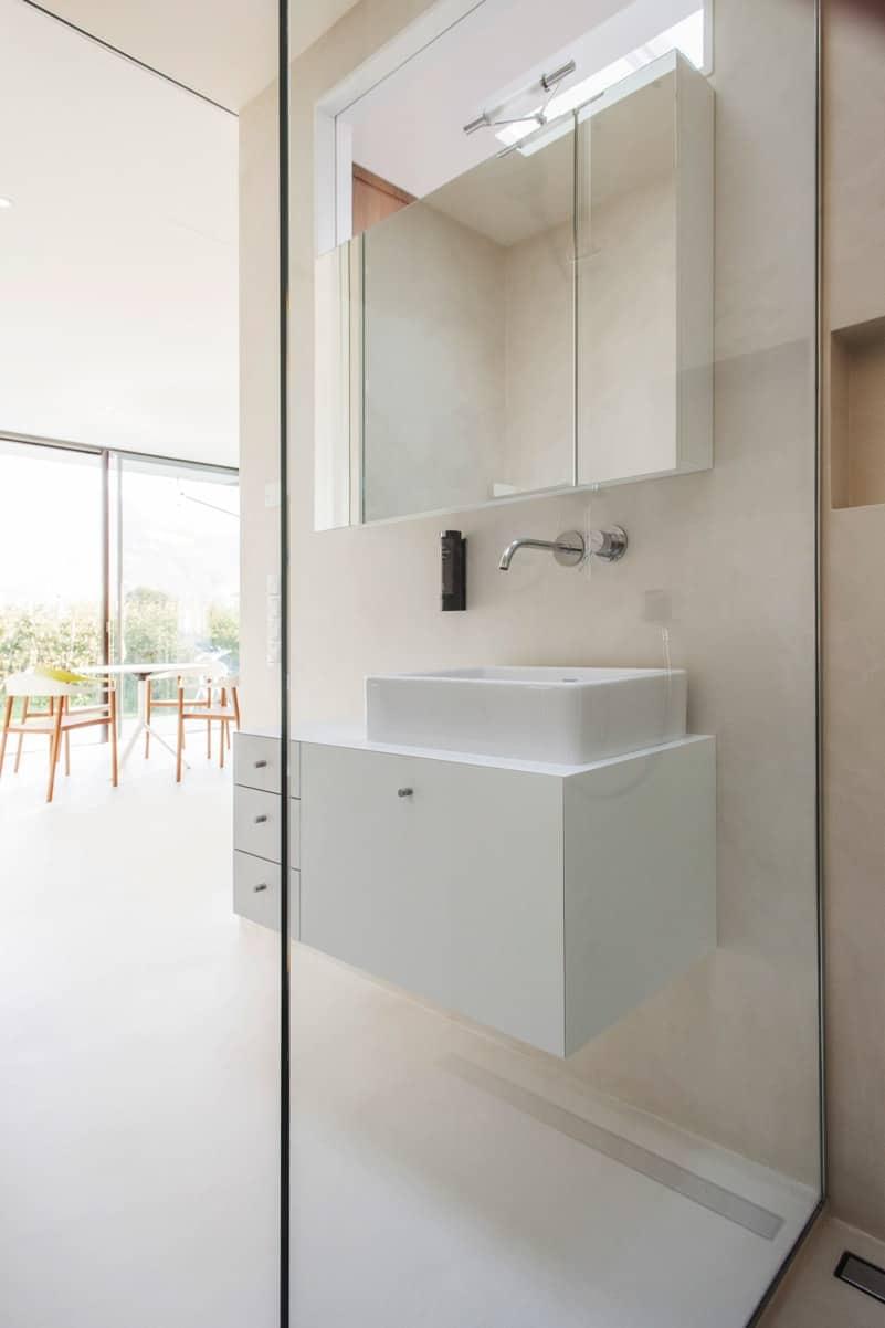 Mirror House bathroom 1 DeGiorgis - The Mirror Houses Holiday Homes In South Tyrol, Italy