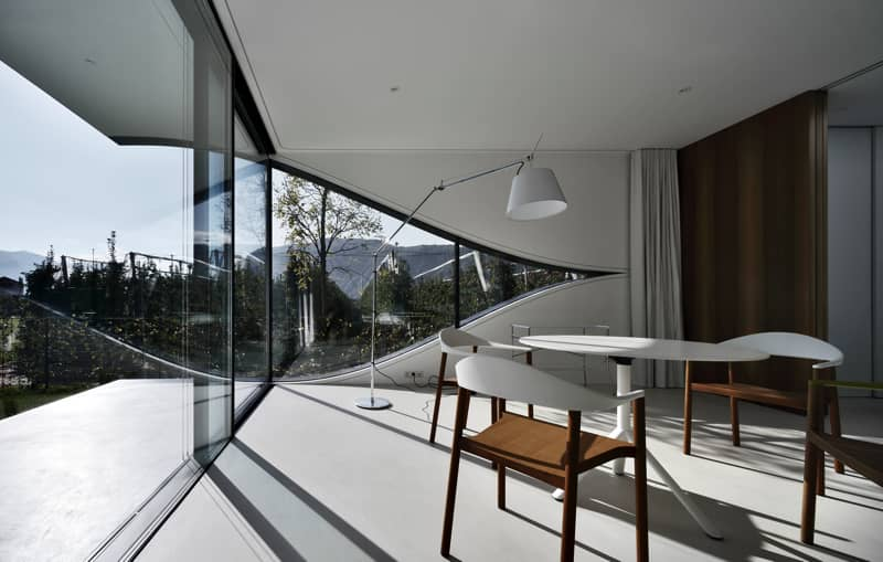 Mirror Houses South living room 3 - The Mirror Houses Holiday Homes In South Tyrol, Italy