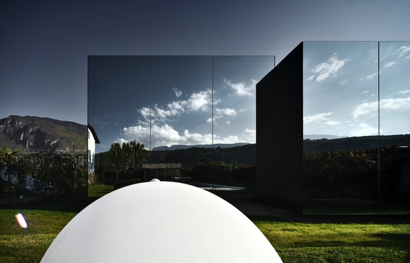 Mirror Houses back day pool 2 - The Mirror Houses Holiday Homes In South Tyrol, Italy