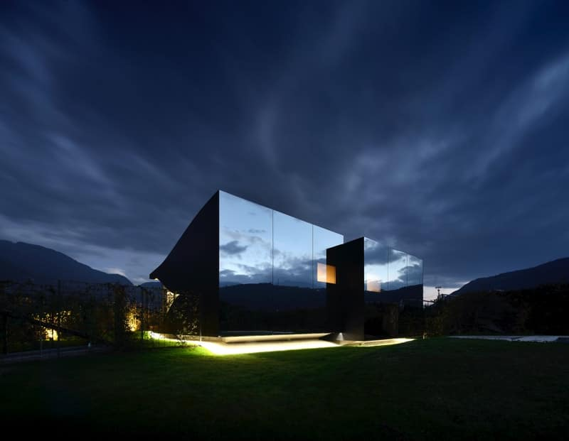 The Mirror Houses Holiday Homes In South Tyrol, Italy