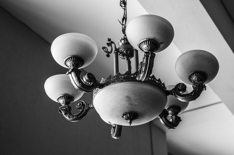 The foyer Chandelier - Complete Guide to Lighting Your Home