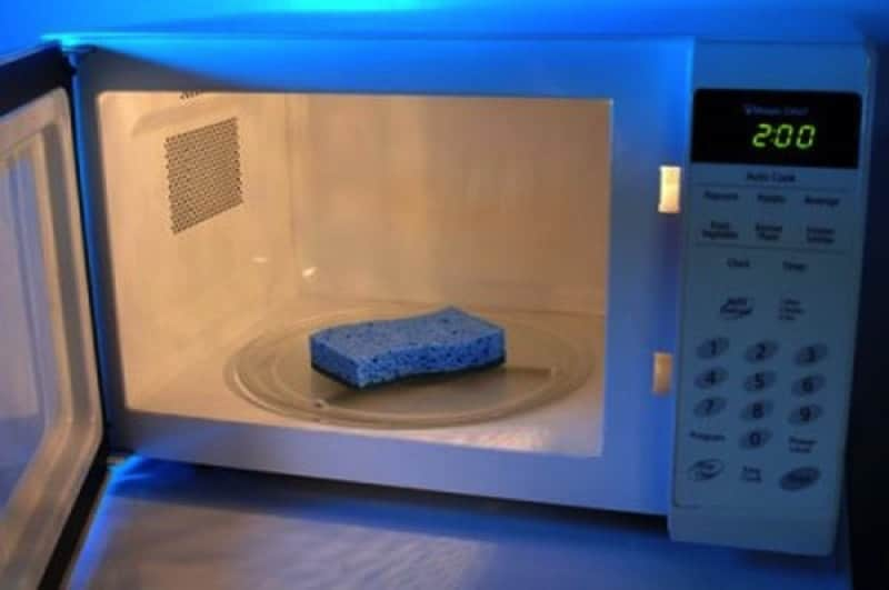 microwave kitchen sponge 800 min - 23 DIY Ideas To Clean Up Your Home