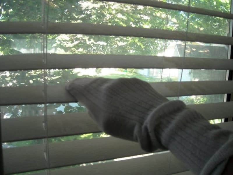 old sock1 800 min - 23 DIY Ideas To Clean Up Your Home