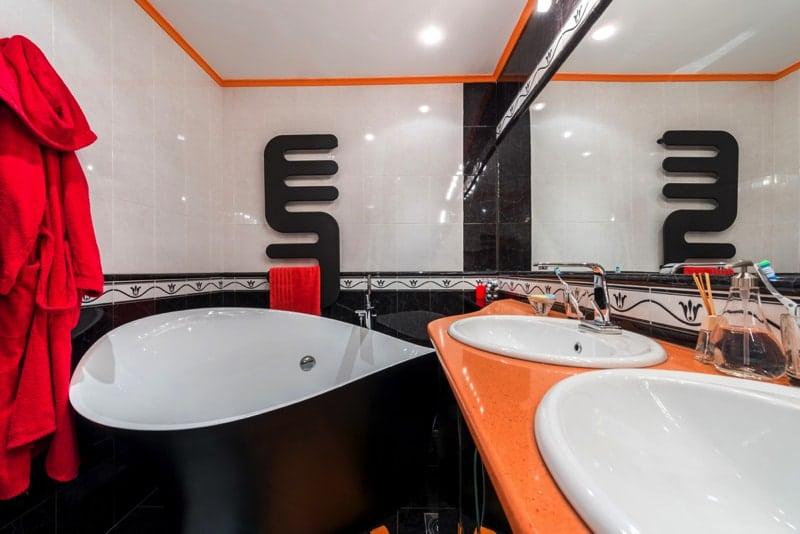 Bathroom interior style - Designing Your Bathroom to Look Modern & Minimalist